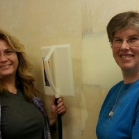 remodel-debra-and-karen-start-the-wallpaper-removal