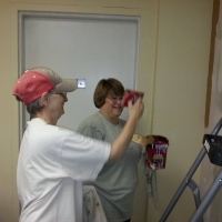 remodel-susie-show-joanne-the-finer-art-of-the-edging-tool